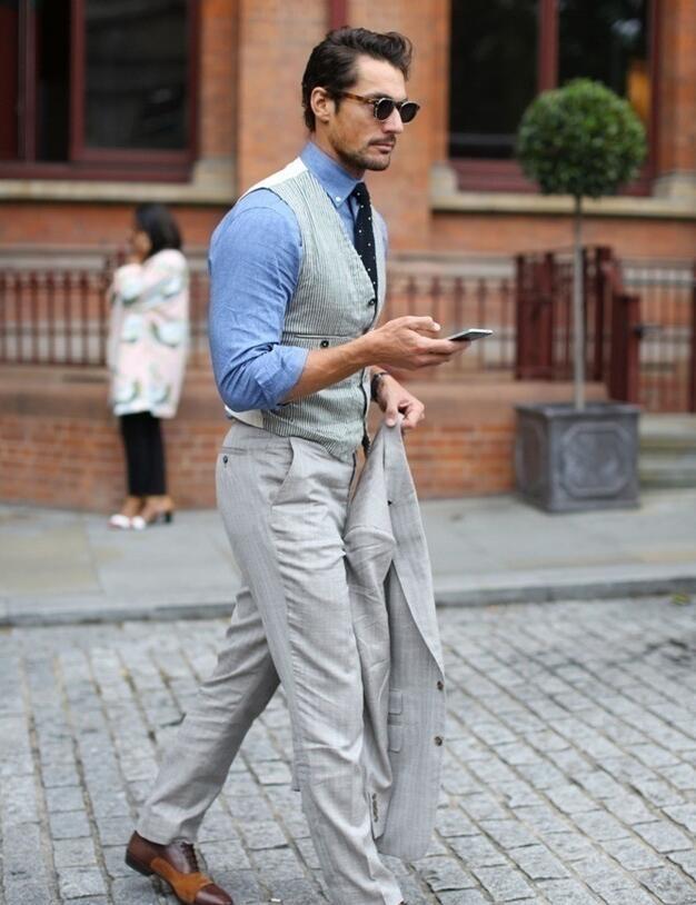 明明都是蓝衬衫 凭什么他穿起来比你有魅力