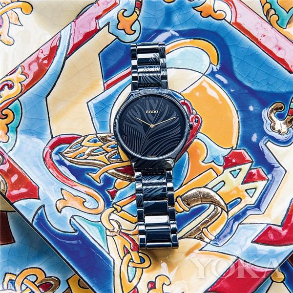 RADO瑞士雷达表True Thinline真薄系列蓝羽限量版腕表(图片来源于品牌)