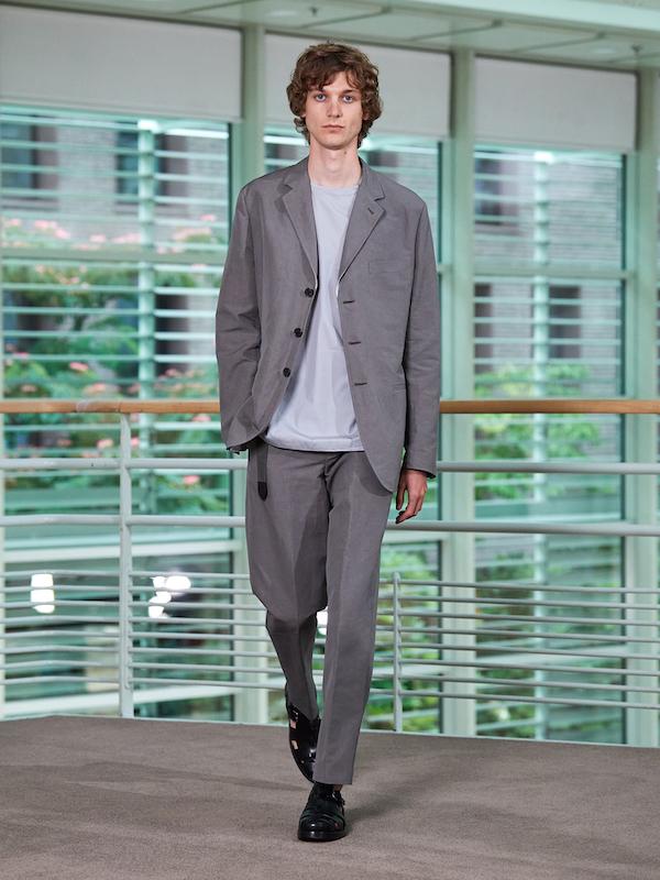 爱马仕 2021夏季男装系列 诠释跨越时光的随性魅力