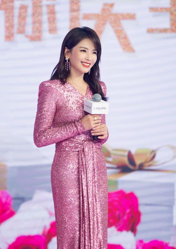 兰蔻彩妆与香水大使 刘涛 (按出场顺序排列)