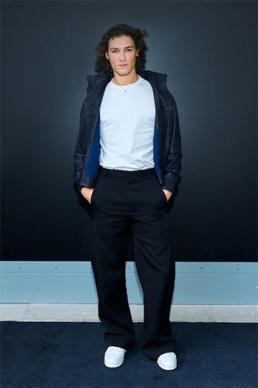 Nicolas Ghesquière呈现路易威登2021春夏女装系列