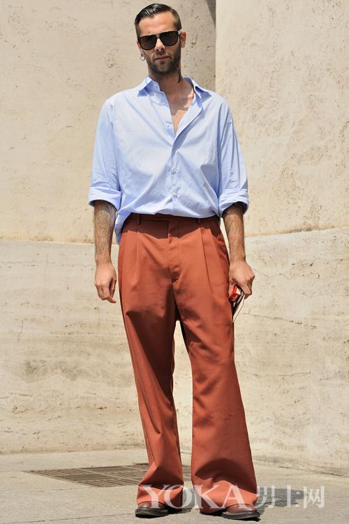 男人的衣服少得可怜?这几种配色就能让你穿出彩